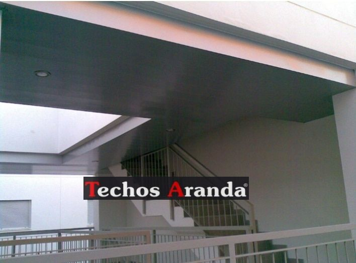 Falsos techos de aluminio en Oliva